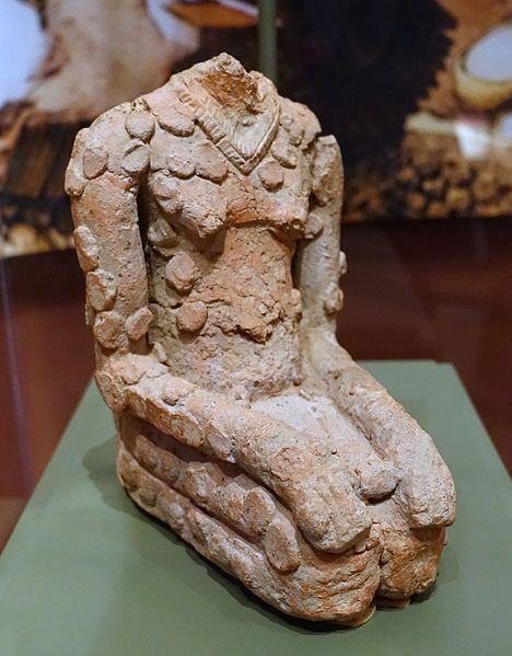Headless figure, Jenne-jeno, Mali, 900-1400 AD, terracotta - National Museum of Natural History, United States